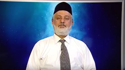 """أمير القاديانية لـ""""هاني طاهر"""": خروجكم من الجماعة يعني خروجك على النظام الرباني"""