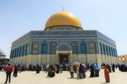 هاني طاهر يدعو لبناء معبد لليهود تحت الأقصى